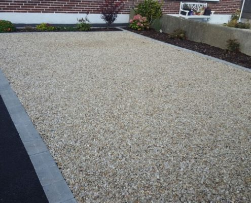 Gravel-driveways-with-brick-border-Kildare-IMG_5997.jpg