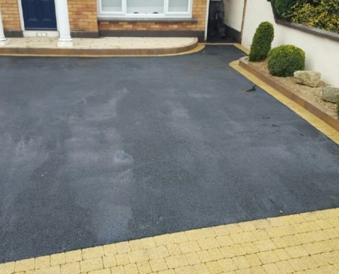 Asphalt-Driveways-With-Brick-Borders-Kildare-IMG_5988.jpg