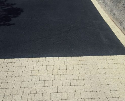 Asphalt-Driveways-With-Granite-Kildare-IMG_5980.jpg