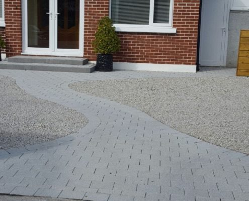 Gravel-driveways-with-brick-border-Kildare-IMG_5993.jpg