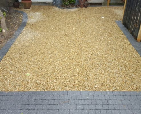 Gravel-driveways-with-brick-border-Kildare-IMG_6003.jpg